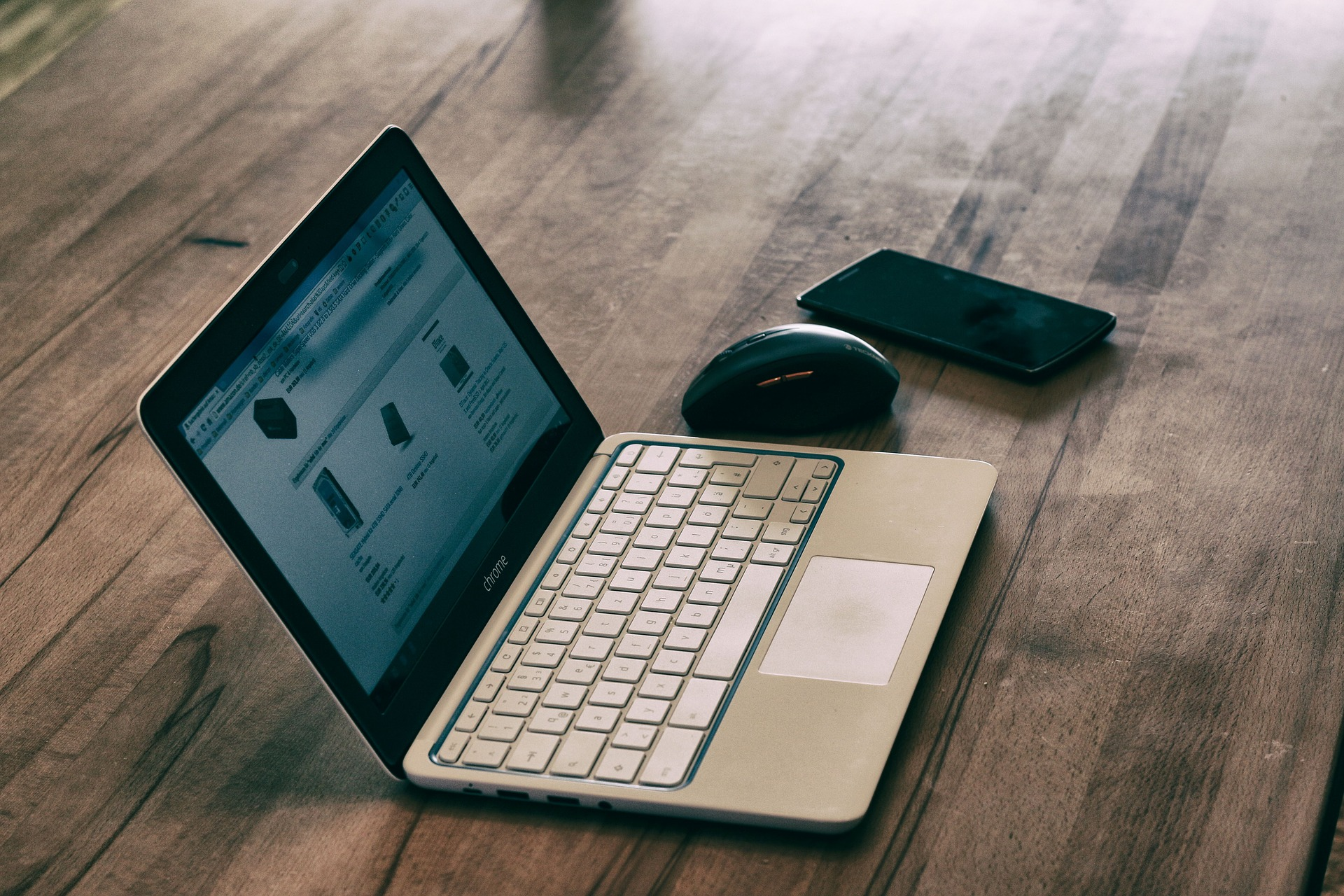 laptop-2324121_1920